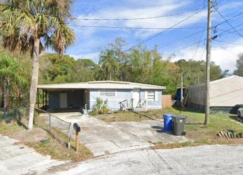 5909 Sussex Ct, Tampa, FL 33615