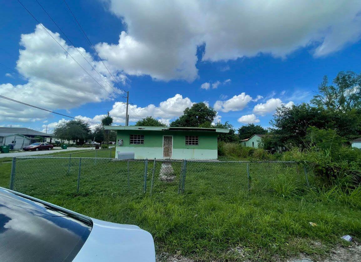 7000 NW 21 Ave, Miami, FL 33147