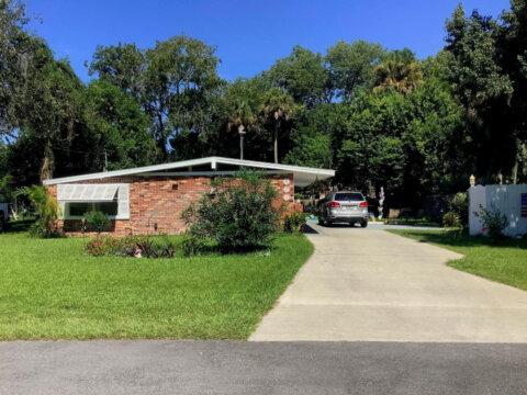 804 Flamingo Dr, Holly Hill, FL 32117