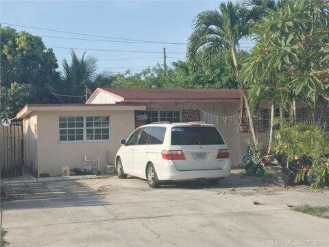 6125 Dawson St, Hollywood, FL 33023
