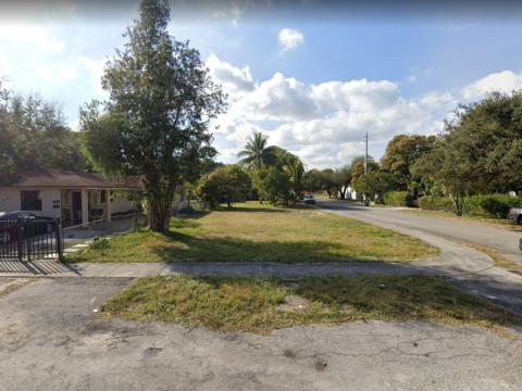 9254 NW 3rd Ave, Miami, FL 33150