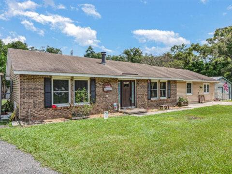 4475 Audubon Ave, De Leon Springs, FL 32130, USA