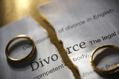 can i sell my house before divorce jacksonville fl