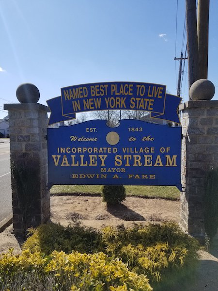 we buy houses valley steam ny
