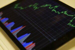 real estate seller's market statistics