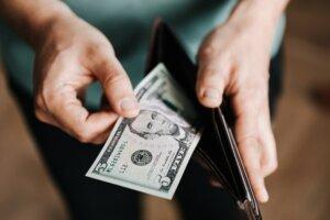 cash upfront sell house fast Arizona