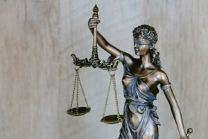 legal options to evict tenants in Arizona