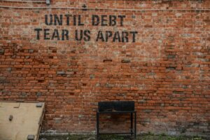 sell house for cash and pay off debt