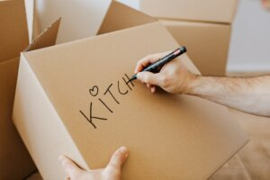 box labeling tips when moving