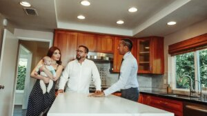 Property showings when selling house through a real estate agent