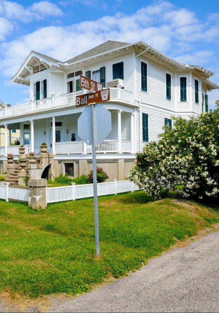 Real Estate Agent | Sherri Echols, Broker Associate | Brazos Valley | Texas A&M | Aggieland