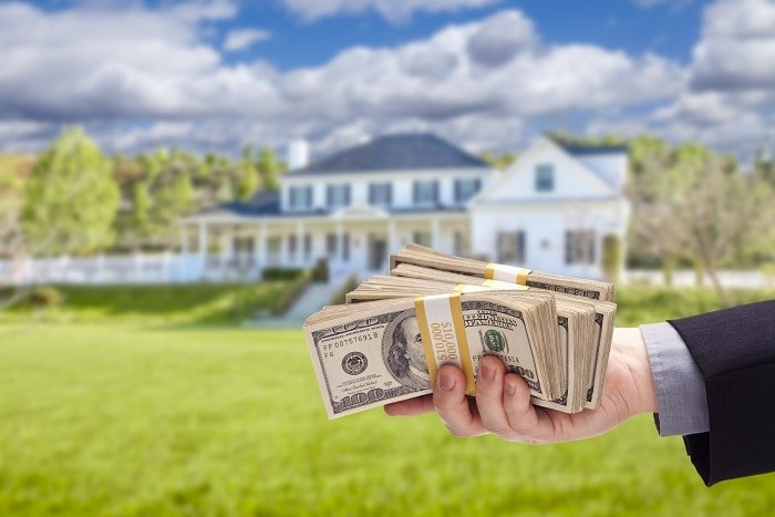 Leave the paperwork to us when selling your house in Minneapolis St Paul. MN Cash Home Buyers