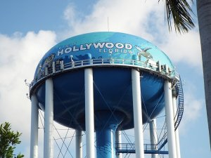 we buy houses Hollywood Florida
