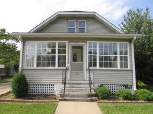 cash home buyers in Aurora