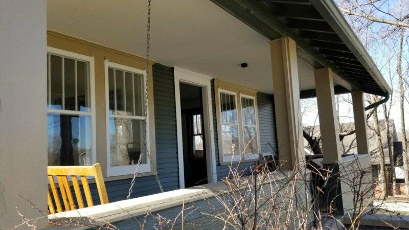 Porch-Swing-Corner