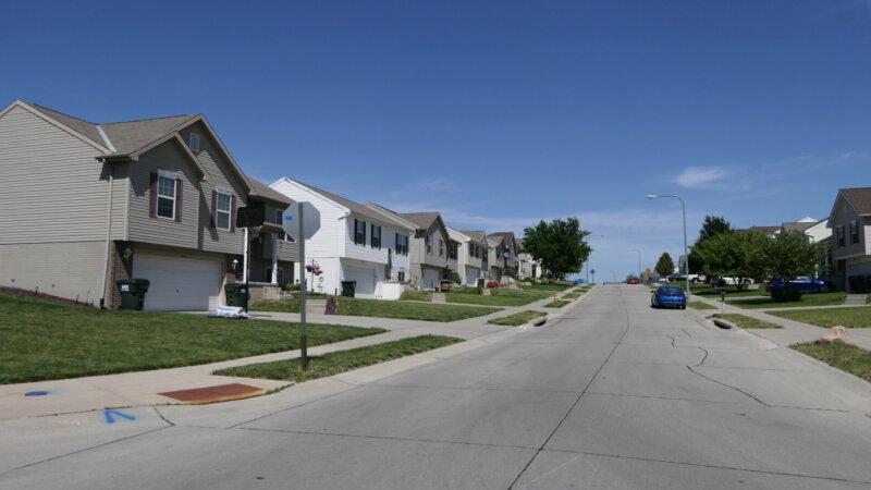 Split-Levels-Many_Street-View_Prob-68122