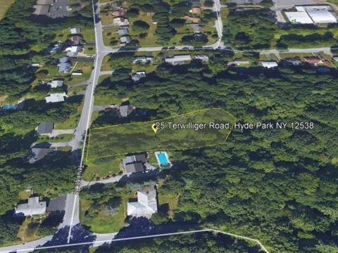 25 Terwilliger Road, Hyde Park NY www.WeSellNewYork.com
