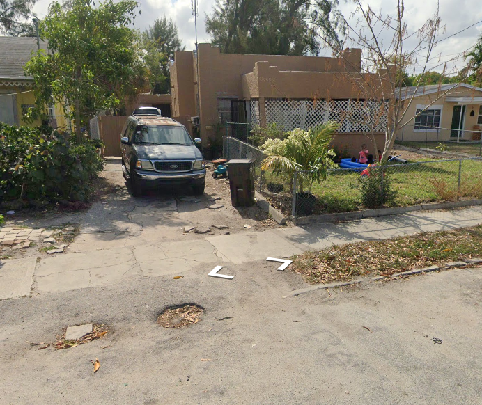 3513 Pinewood Ave, West Palm Beach, FL 33407