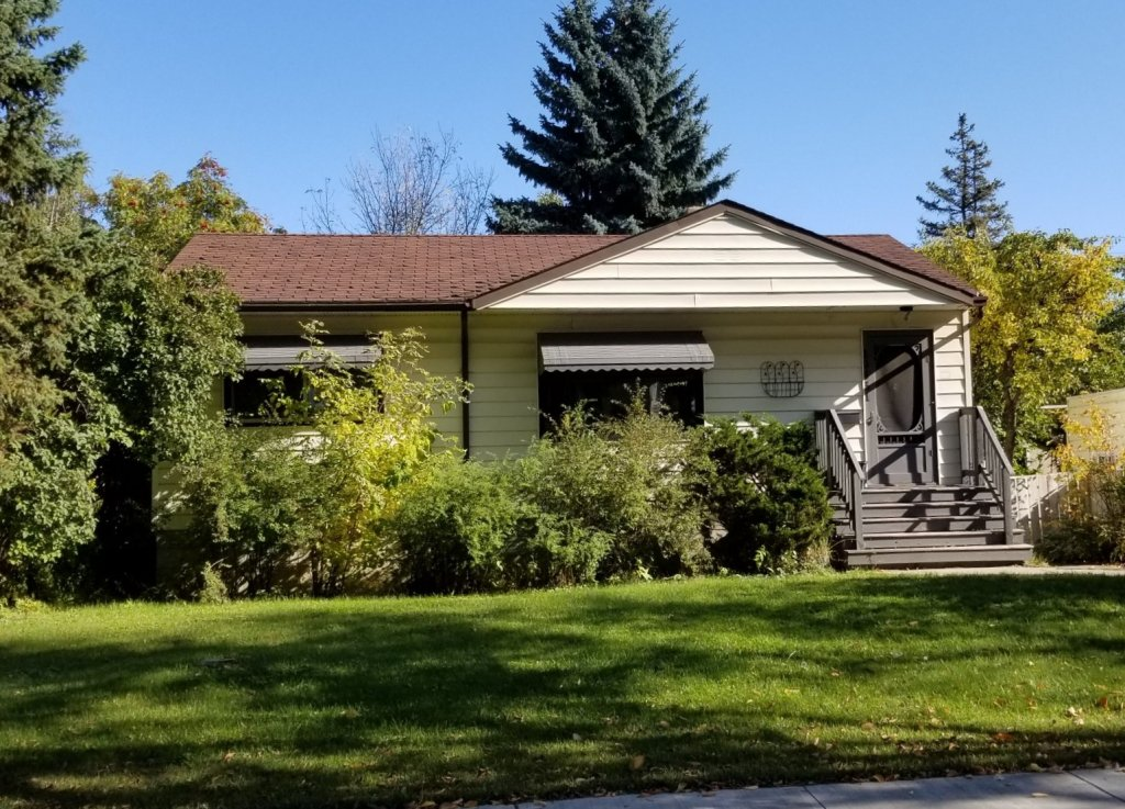 We helped this homeowner by buying their Edmonton house with a quick turnaround.