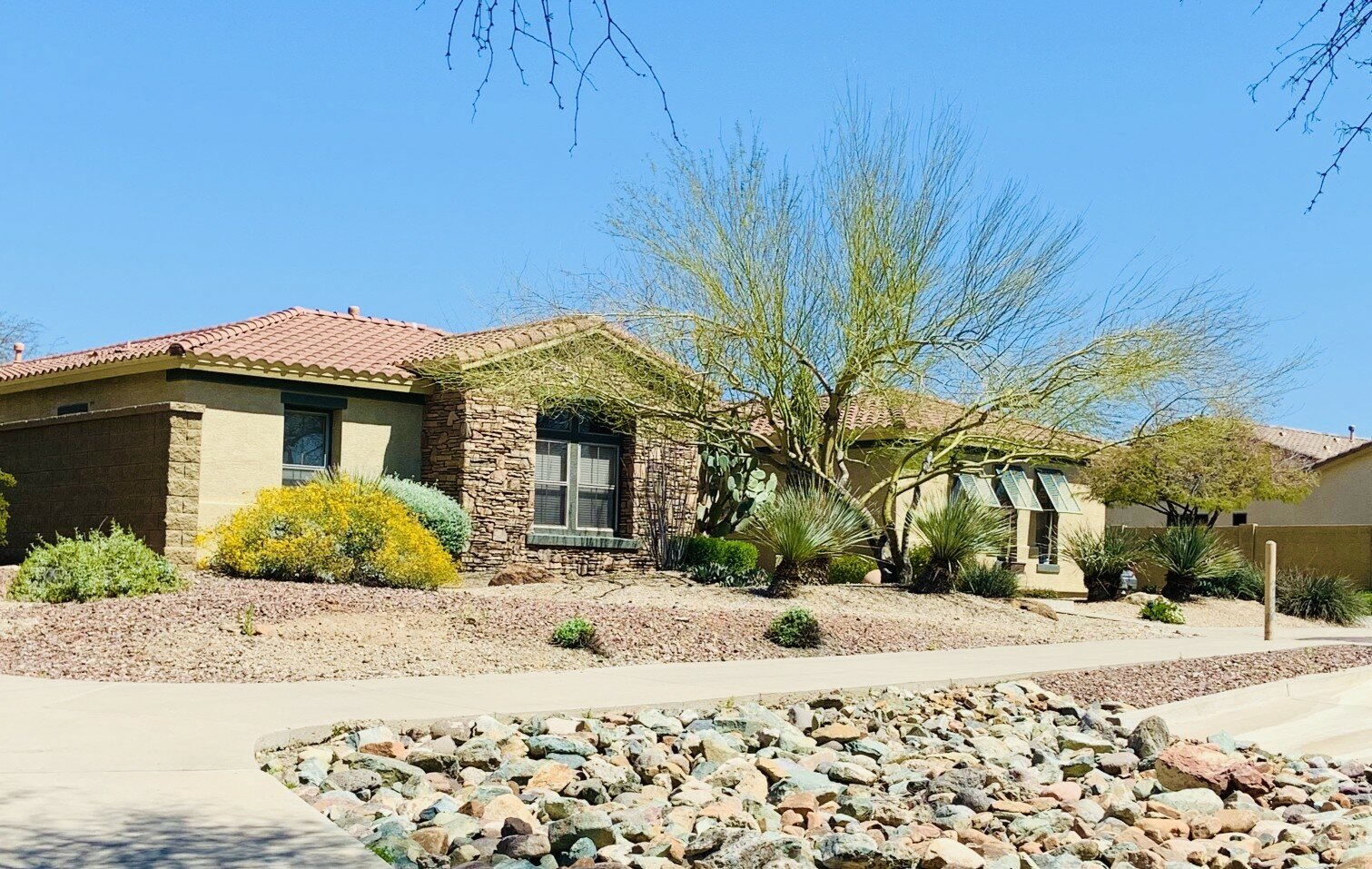 Spot a Scam When Buying or Selling Real Estate in Phoenix