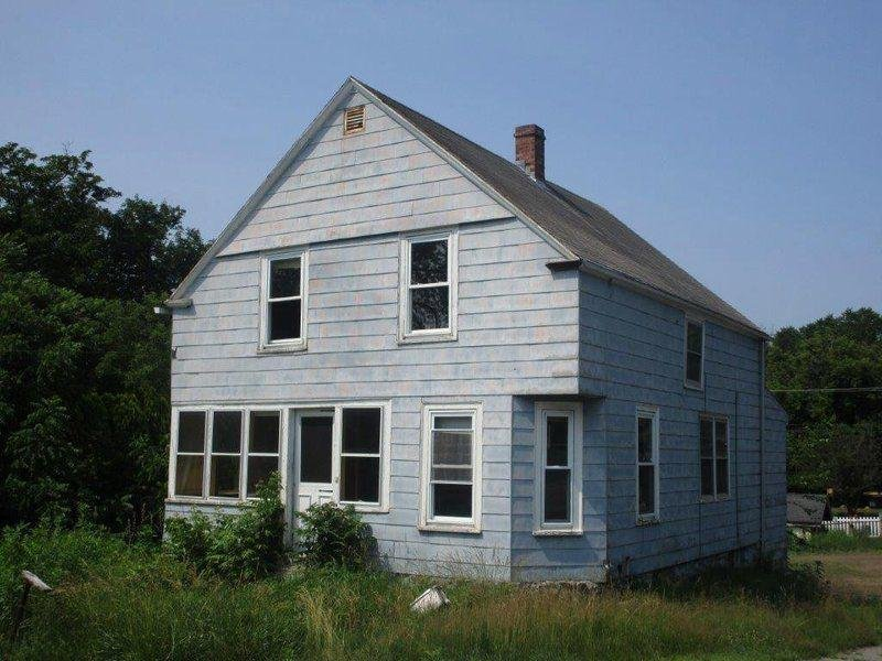 We buy any house that need repairs-no matter how bad!