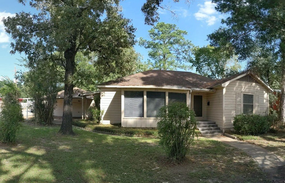 2,146 sf Retail/Office Corner, Conroe