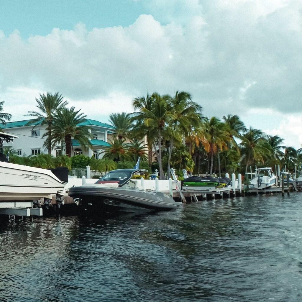 Pembroke Pines Florida we offer cash for house