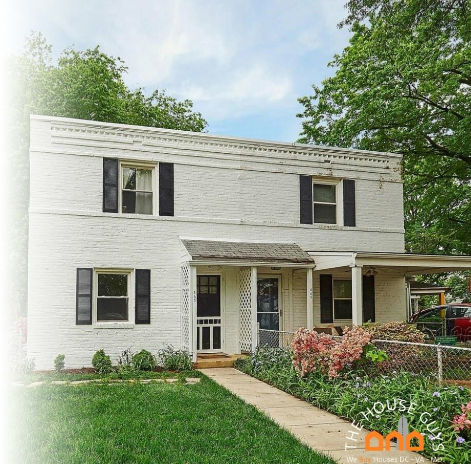 We buy houses for cash Centreville VA