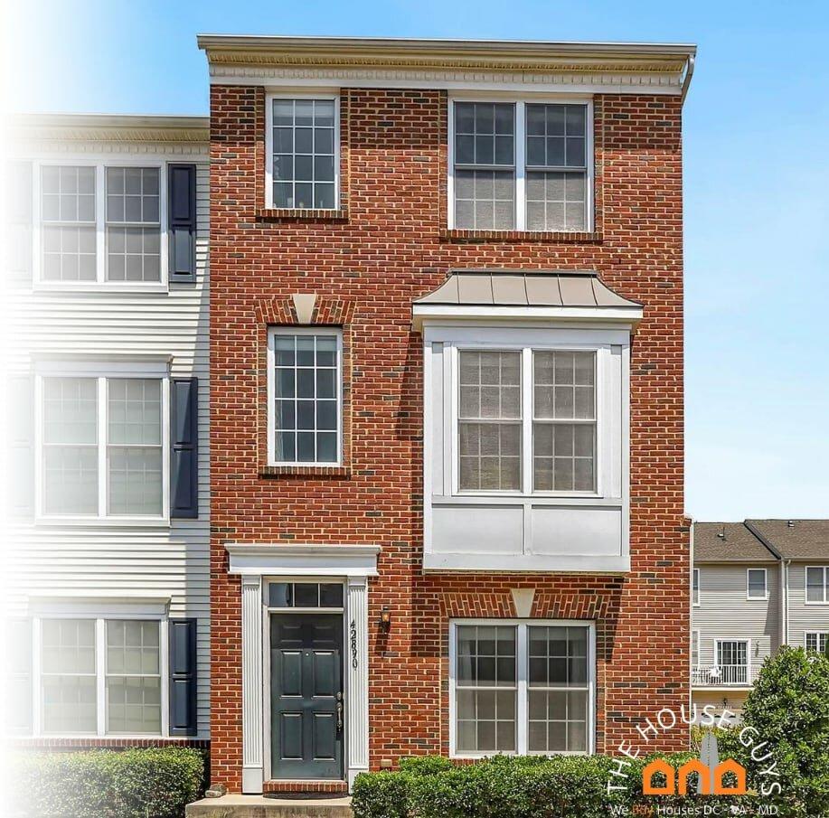 We buy houses for cash Sterling VA
