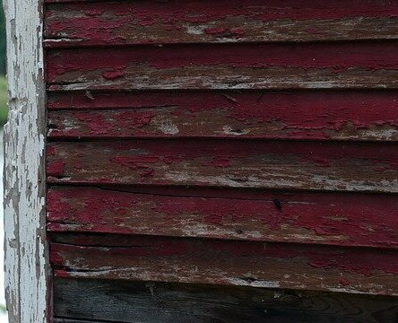 We buy houses in Kentucky with rotting siding