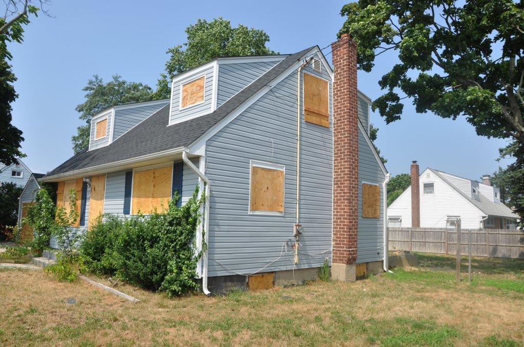 Charlotte House in need of Repair