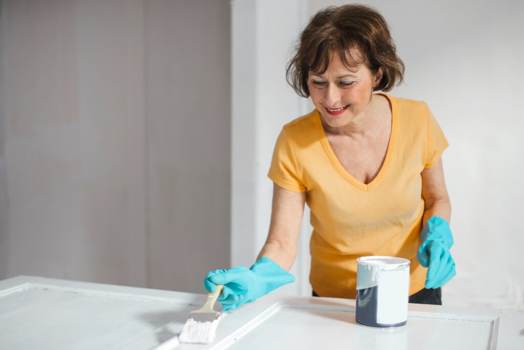 making a home more energy efficient by using white paint
