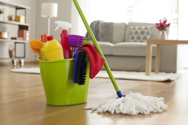 Supplies to Clean an Inherited House for Sale
