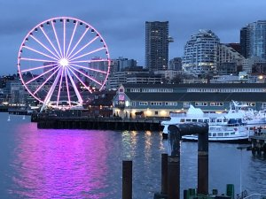 Downtown Seattle at night: Lighted Ferris Wheel at Pier 57