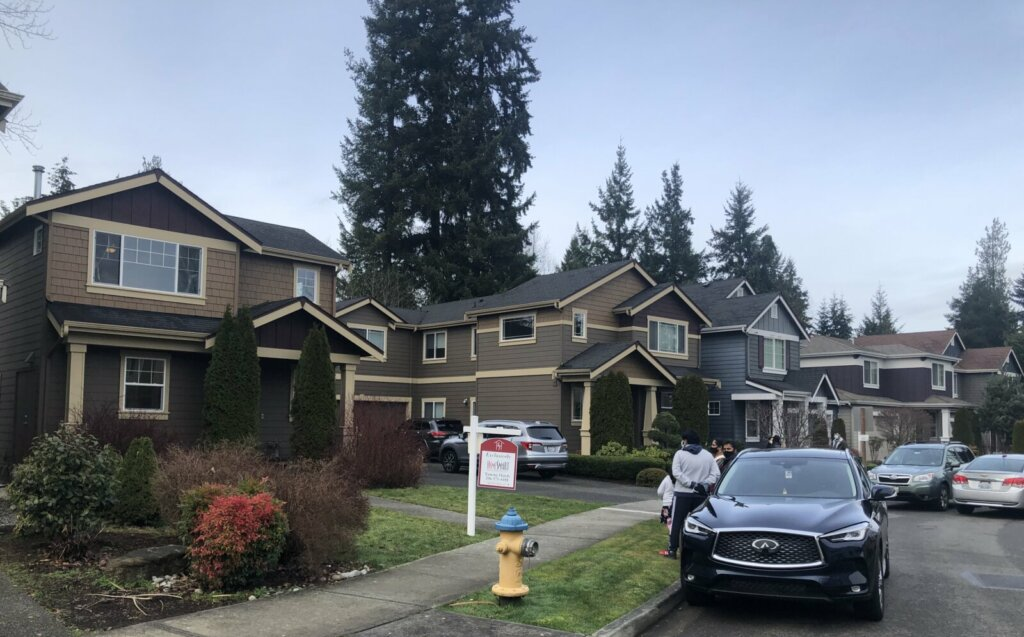 TownHouse For Sale In Mill Creek, WA near Bothell, WA