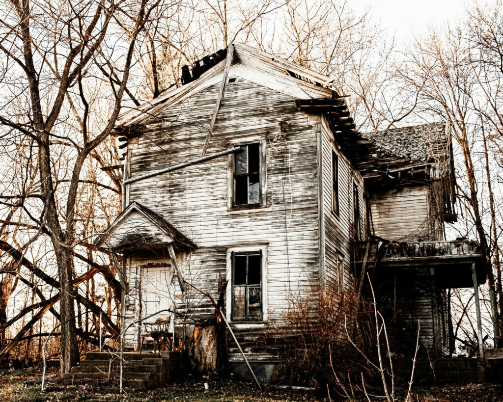 ugly vacant house