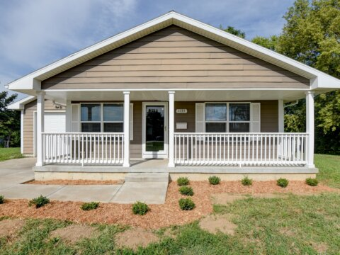1133 N 50th Pl Kansas City KS 66102 -