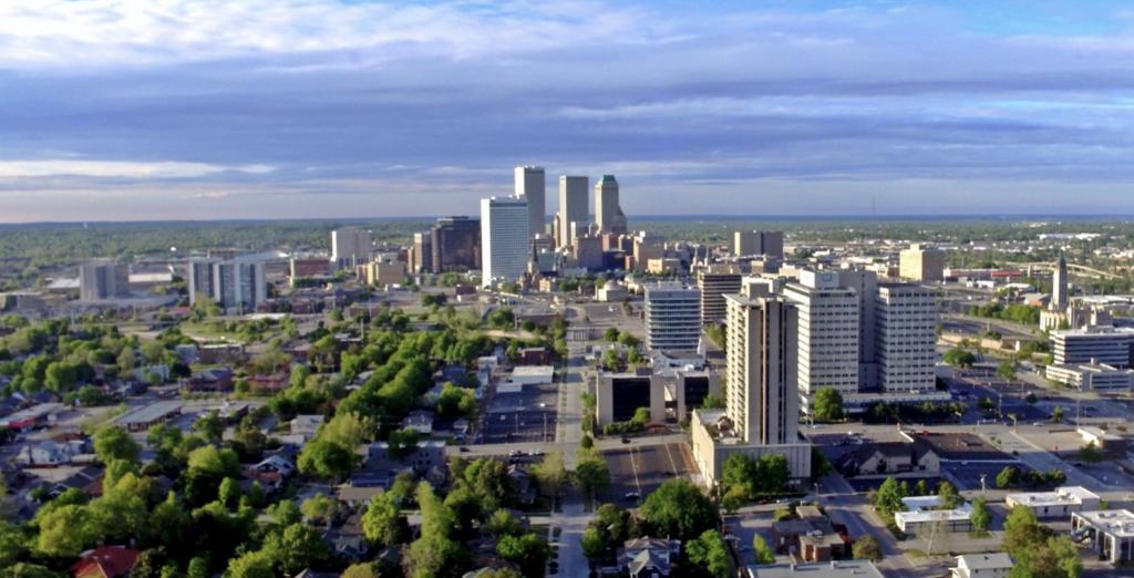 We buy houses in Tulsa, OK. Sell my house fast Tulsa, OK. Cash home buyer Tulsa, OK. Company that buys houses in Tulsa, OK.