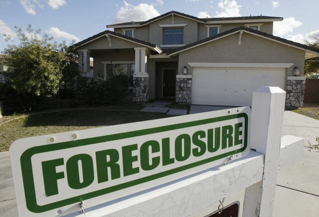 4 Ways a Foreclosure Will Impact You in Southeast Texas