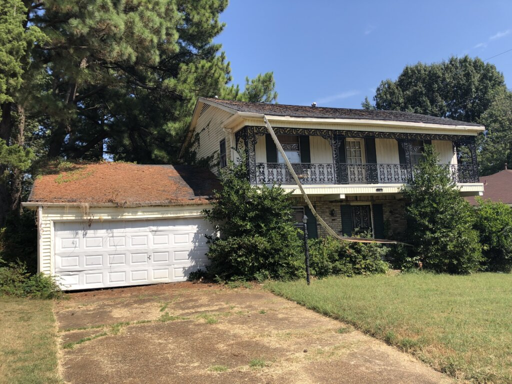 Find the Best Fixer Upper Memphis properties with us.