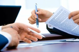 Sign agreement to sell house during probate