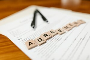 Check Lease agreement when planning to sell house with tenant
