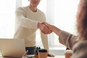 Tips to handle your bad neighbor