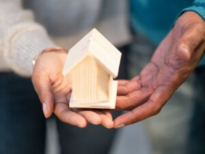Find a direct buyer to sell your house during divorce