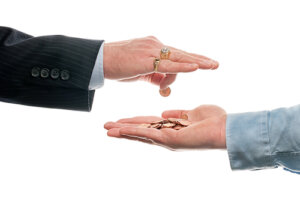 Commission fees paid when hiring a real estate agent vs investor