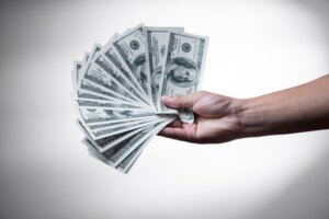 Selling home to a direct buyer in Tucson for cash