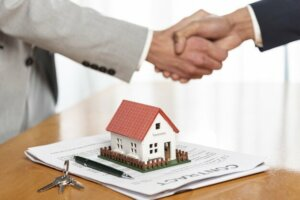 Selling house to a wholesaler in Tucson