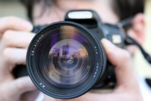 Cost of hiring a professional photographer for marketing