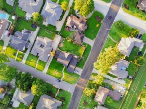 Live in a new neighborhood by selling your current house in Tucson