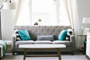 Staging your house to stand out in buyer's market